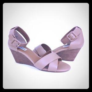 Steve Madden Nisa Women's Wedge Open Toe Sandals